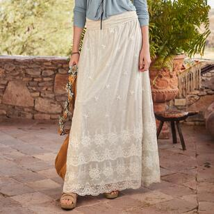 GREAT LENGTHS LACE SKIRT