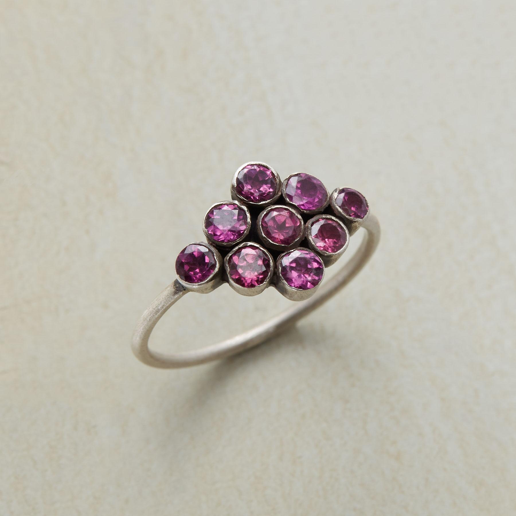 RASPBERRY EFFERVESCENCE RING: View 1