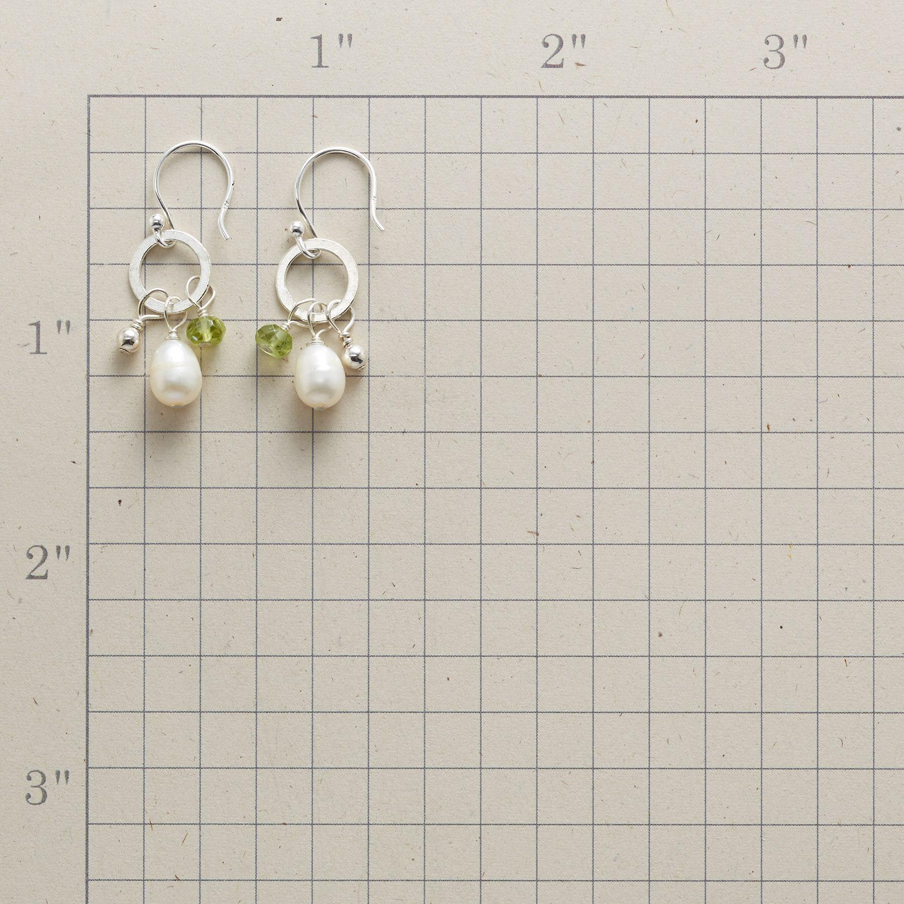 PERIDOT AND PEARL EARRINGS: View 2