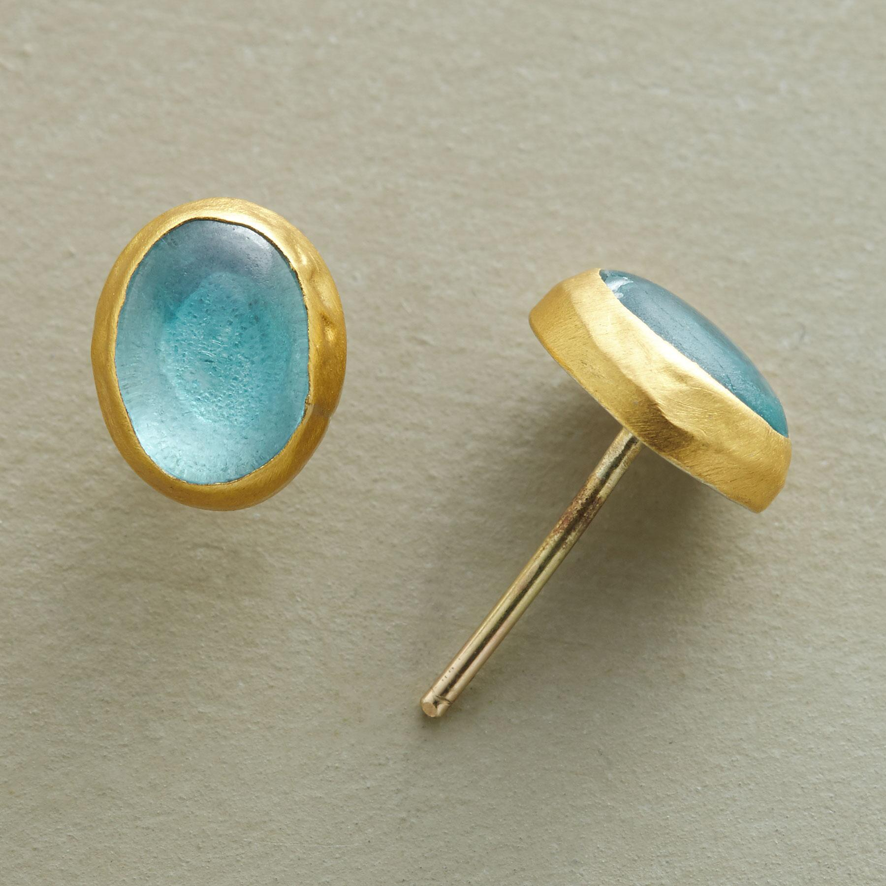 ENWRAPPED APATITE EARRINGS: View 1