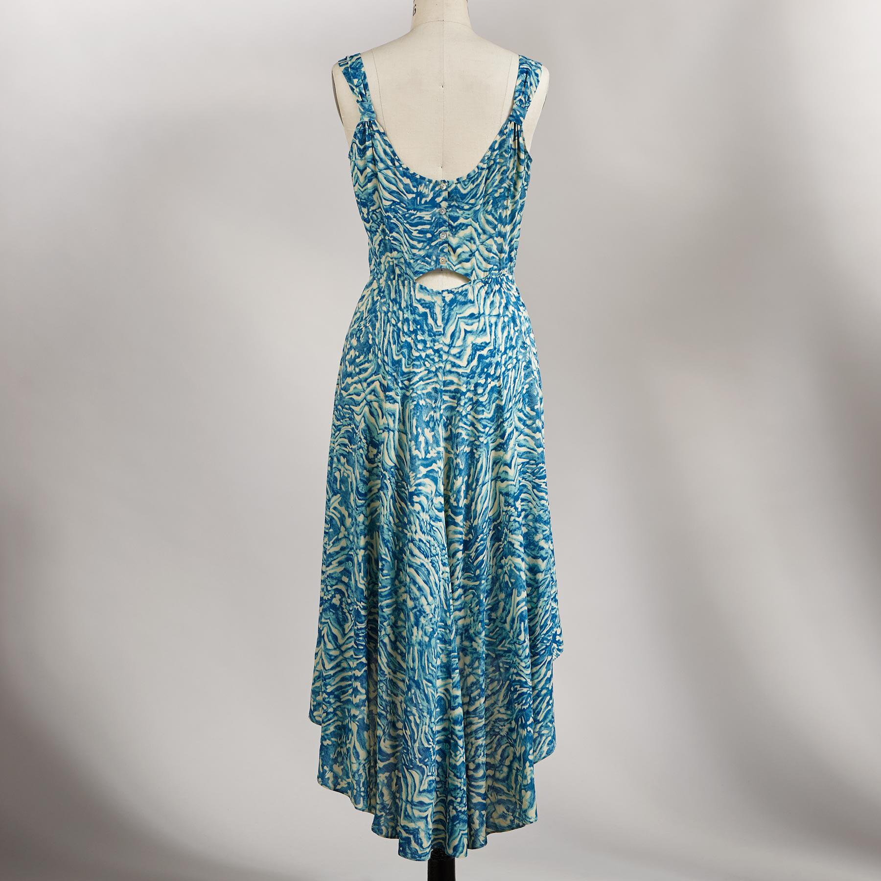 HEART OF THE OCEAN DRESS: View 2