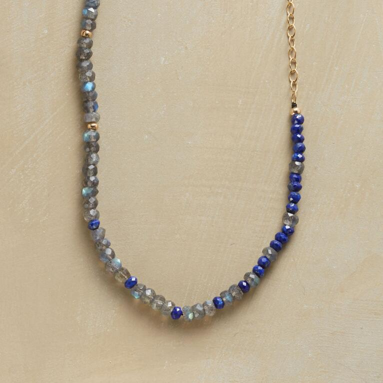 BLUE IN A ROW NECKLACE
