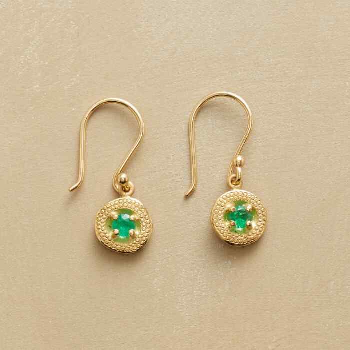 DANGLING EMERALD EARRINGS