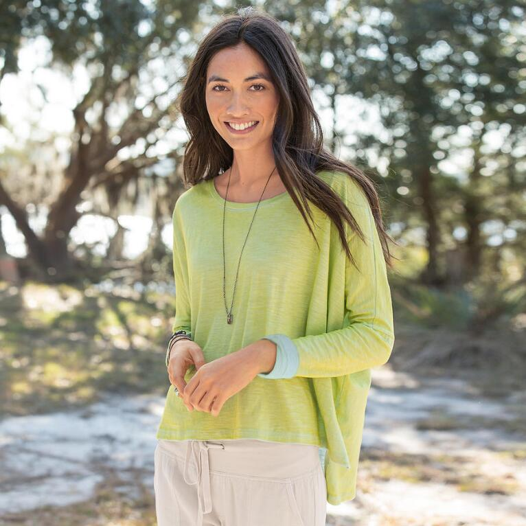 SHIMMERING WATERS PULLOVER