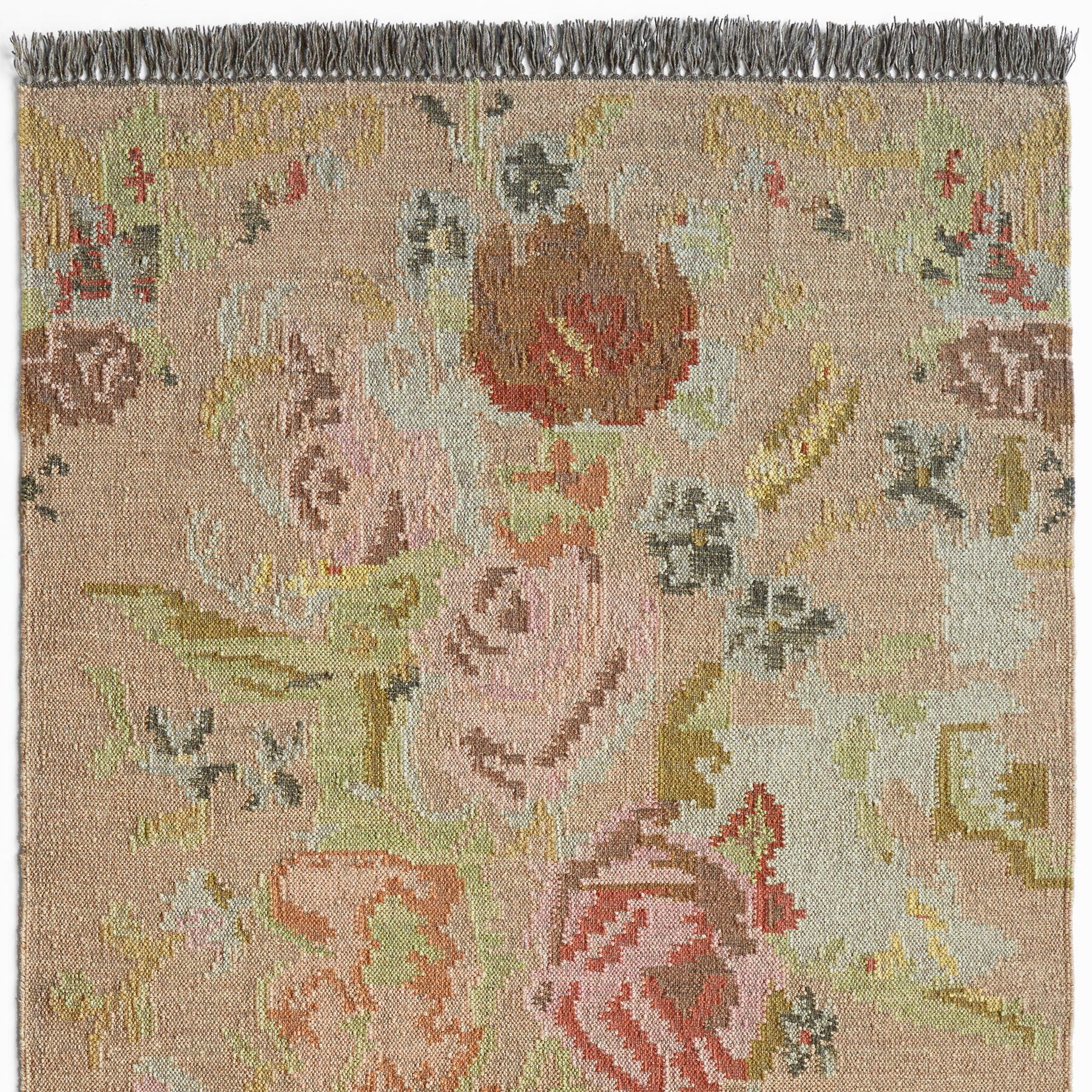 ANTIQUE ROSES KILIM RUG: View 1