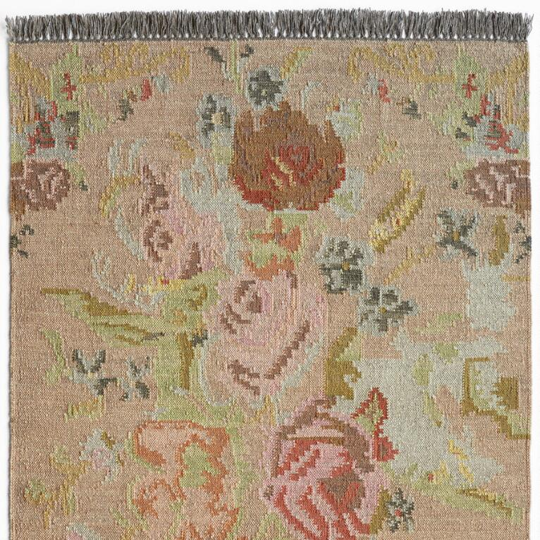 ANTIQUE ROSES KILIM RUG