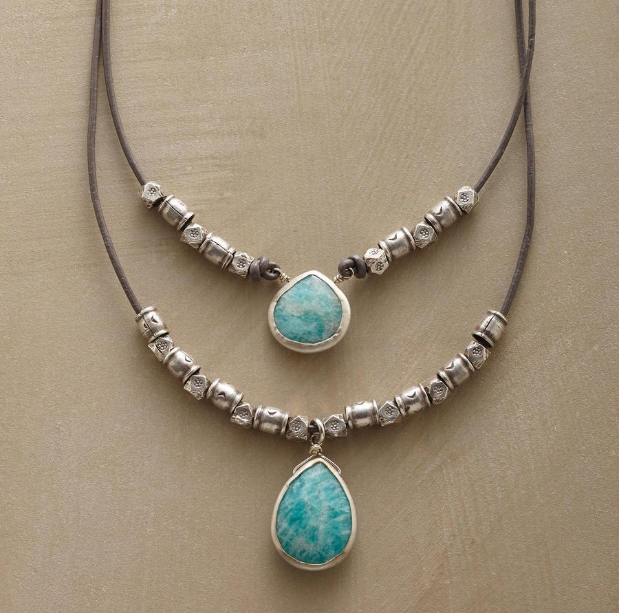ECHO LAKE NECKLACE