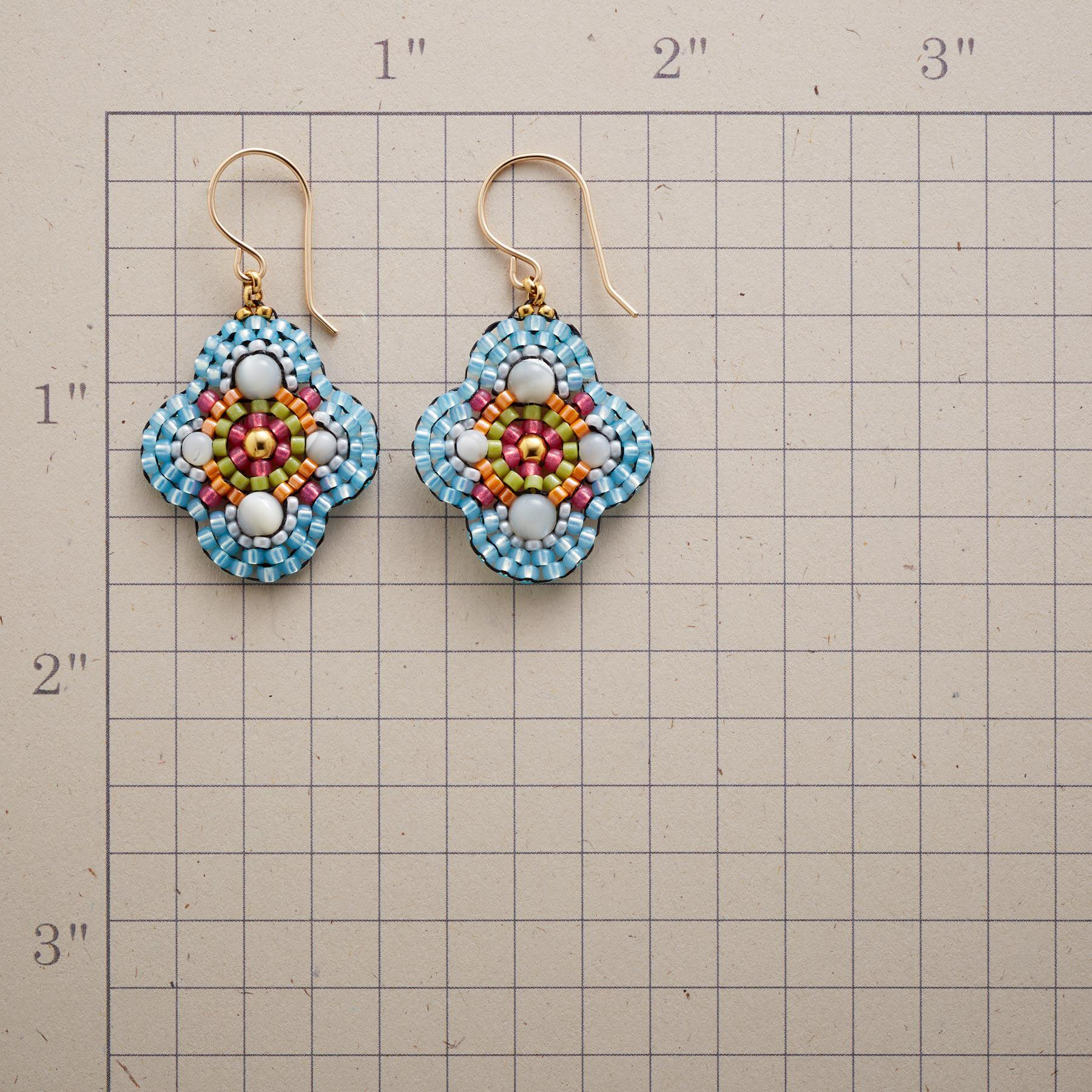 QUATREFOIL EARRINGS: View 2