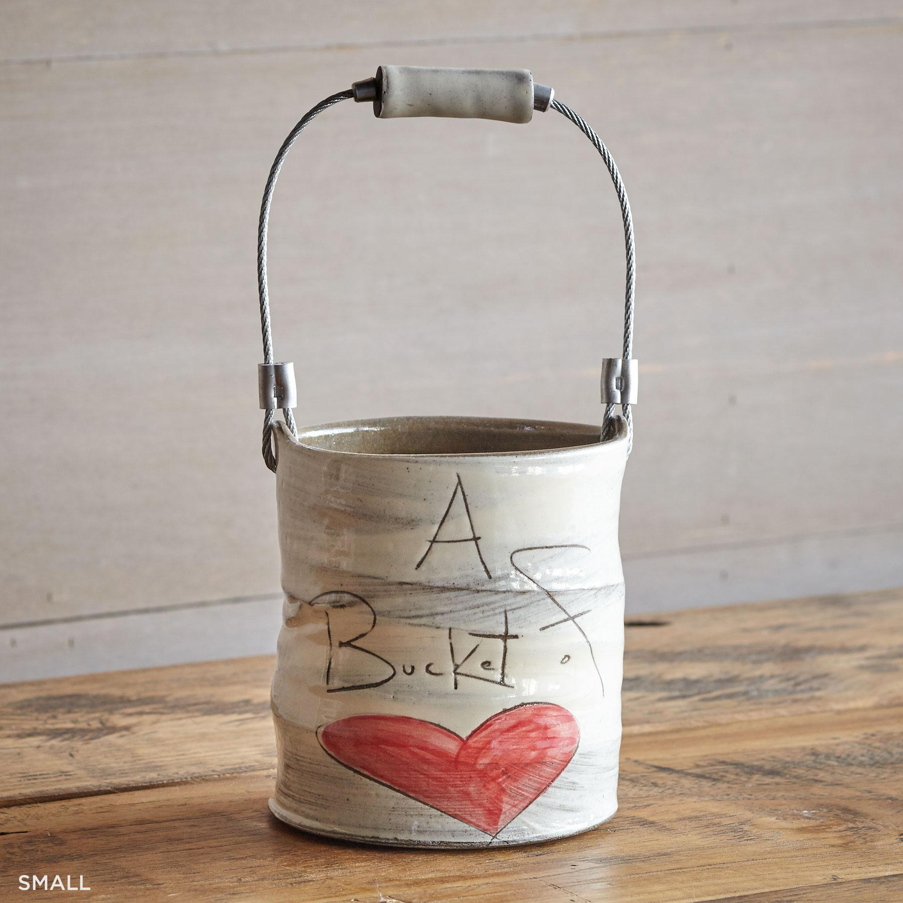 SENTIMENT BUCKET OF LOVE: View 2