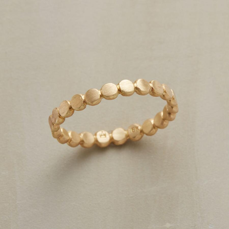 DOTTED GARLAND RING