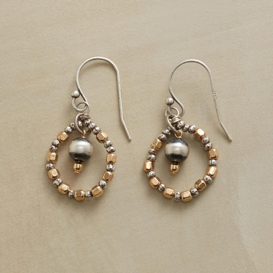 TWO HUE HOOP EARRINGS