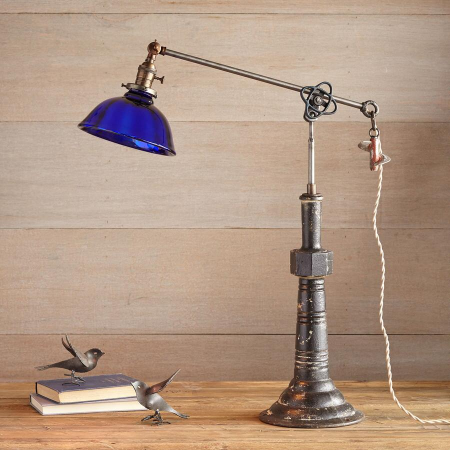 FORT WORTH TABLE LAMP BY ROBERT OGDEN