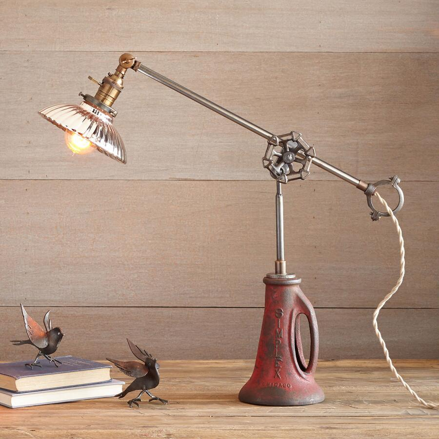 ARLINGTON TABLE LAMP