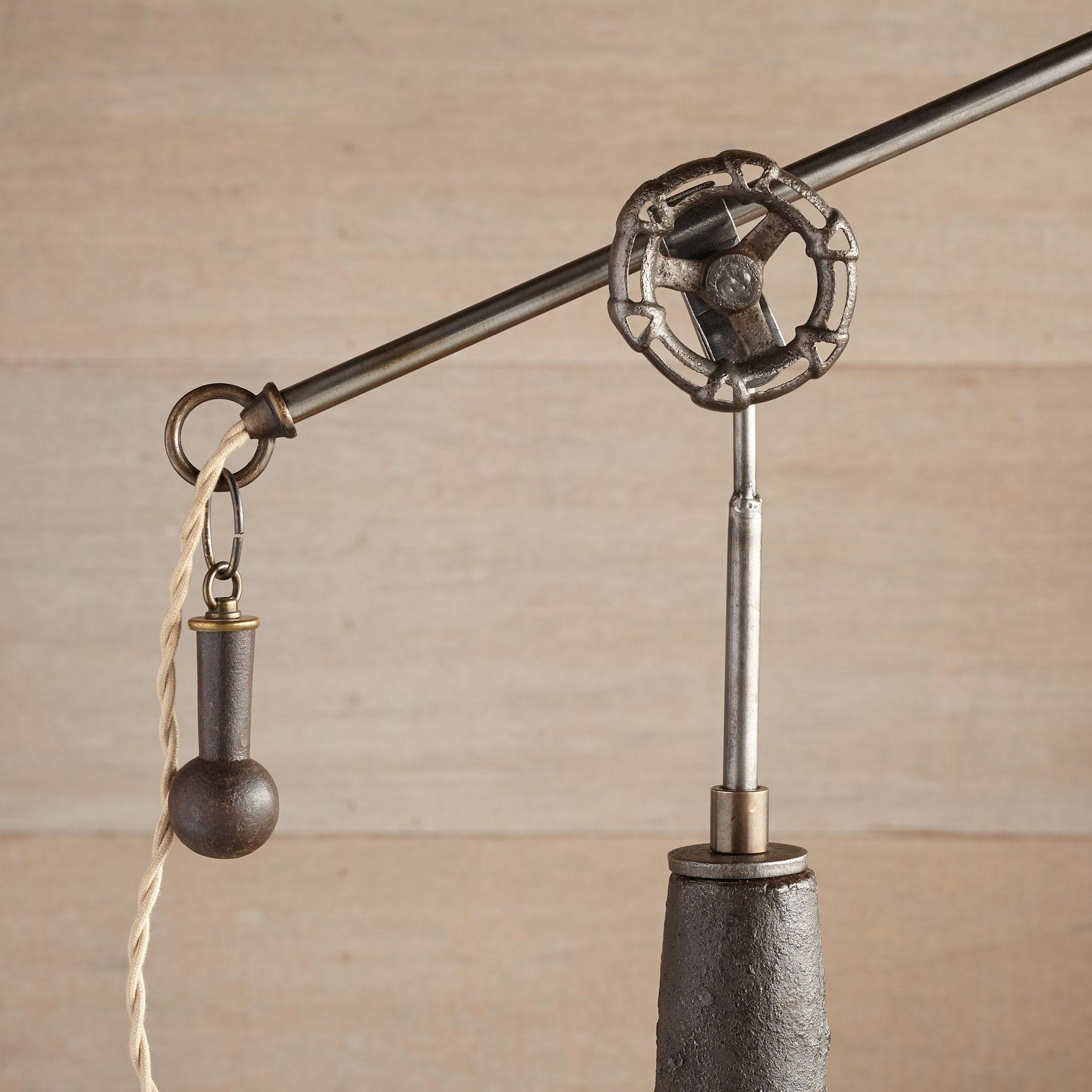 DEARBORN TABLE LAMP: View 3