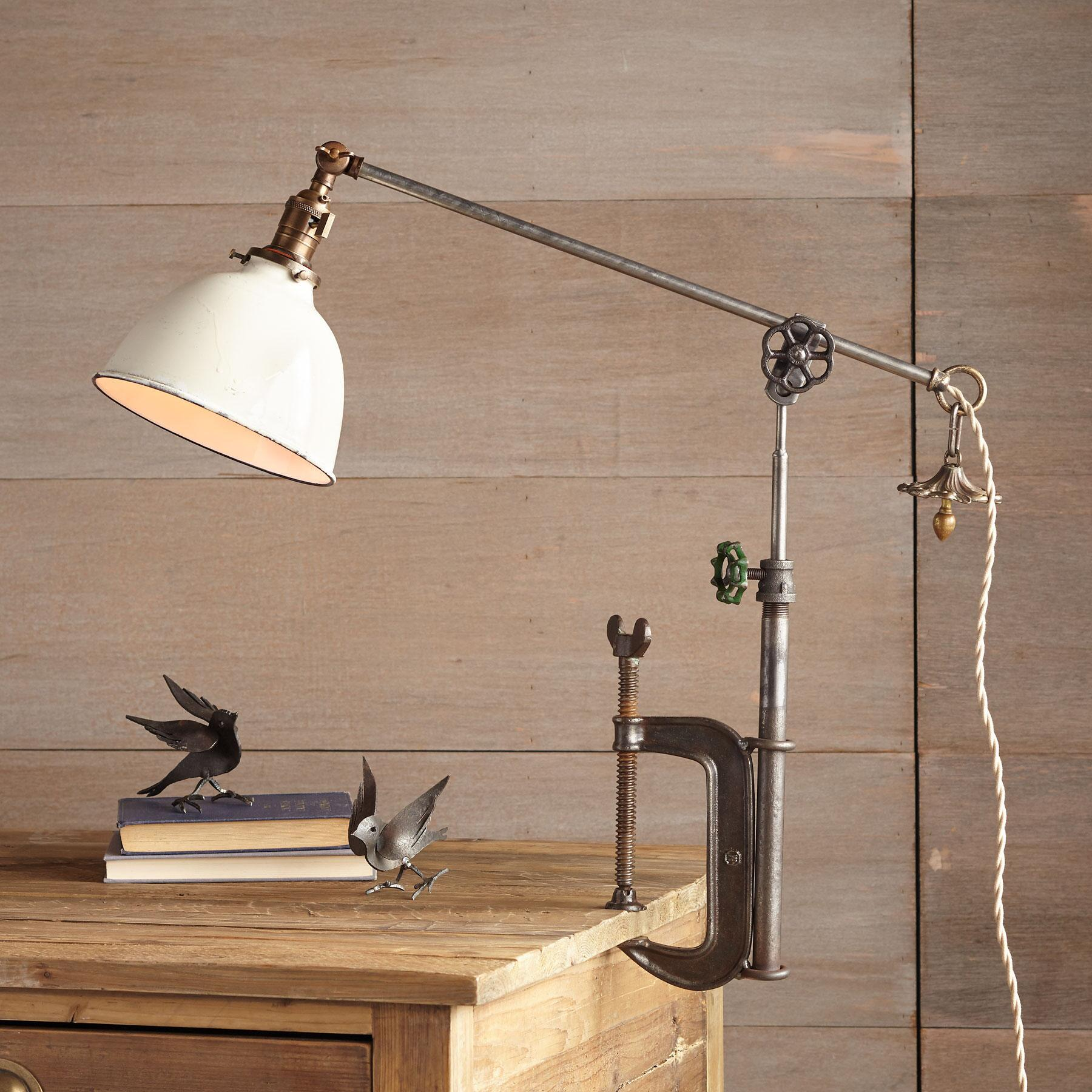 NASHVILLE C CLAMP TABLE LAMP: View 1