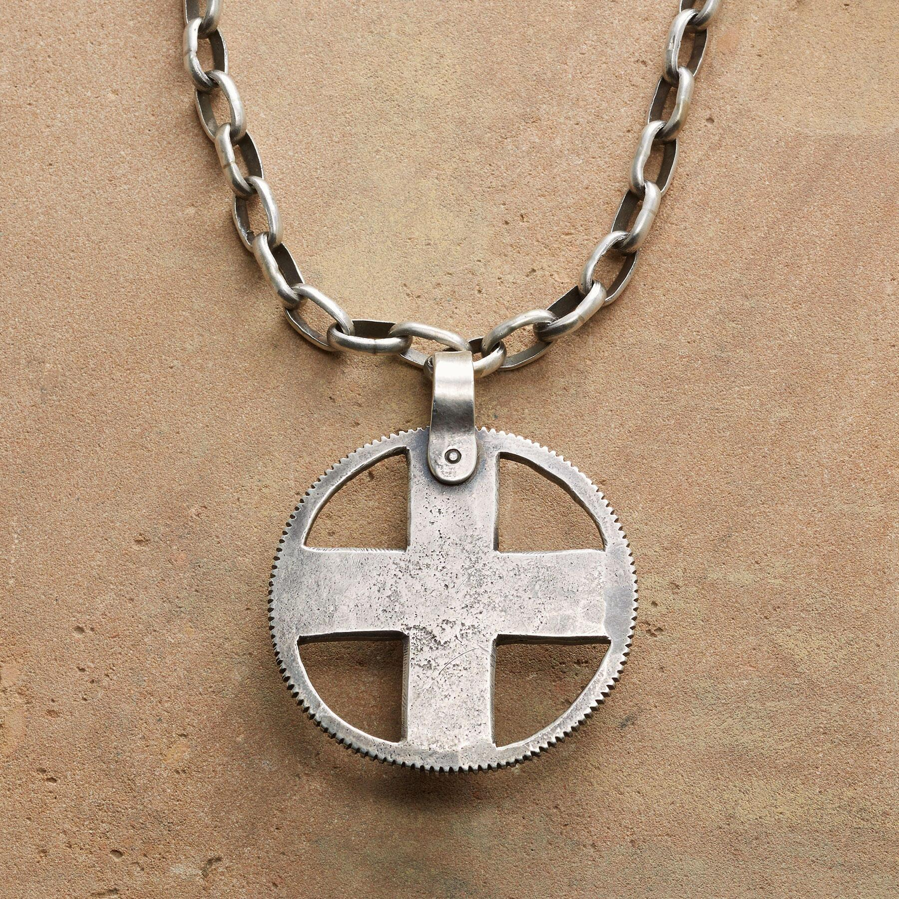 STERLING CROSS MEDALLION NECKLACE: View 1