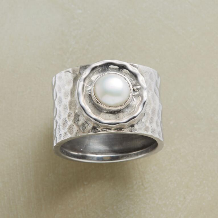 MOONRIDGE RING
