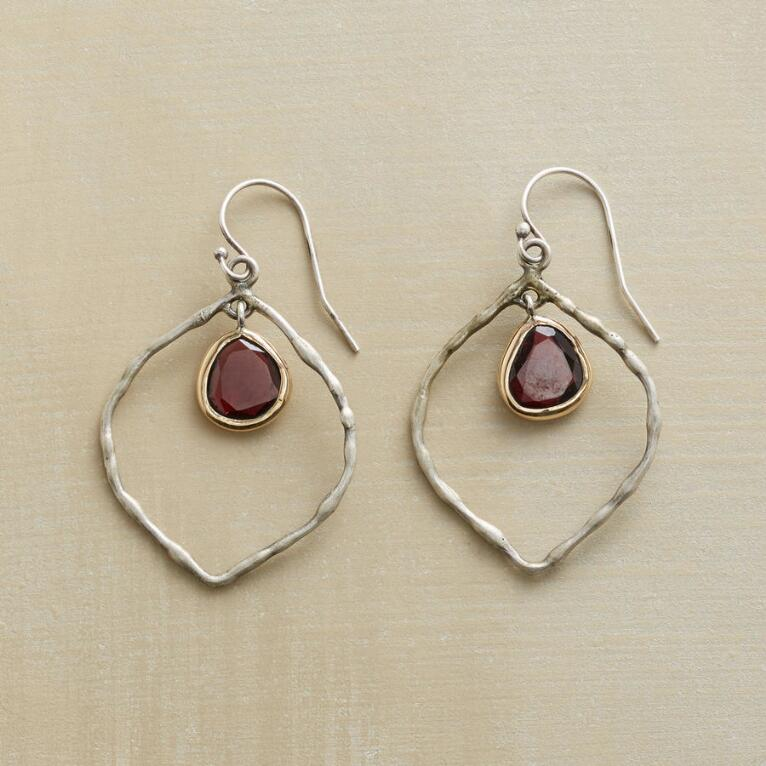 KINDLE EARRINGS