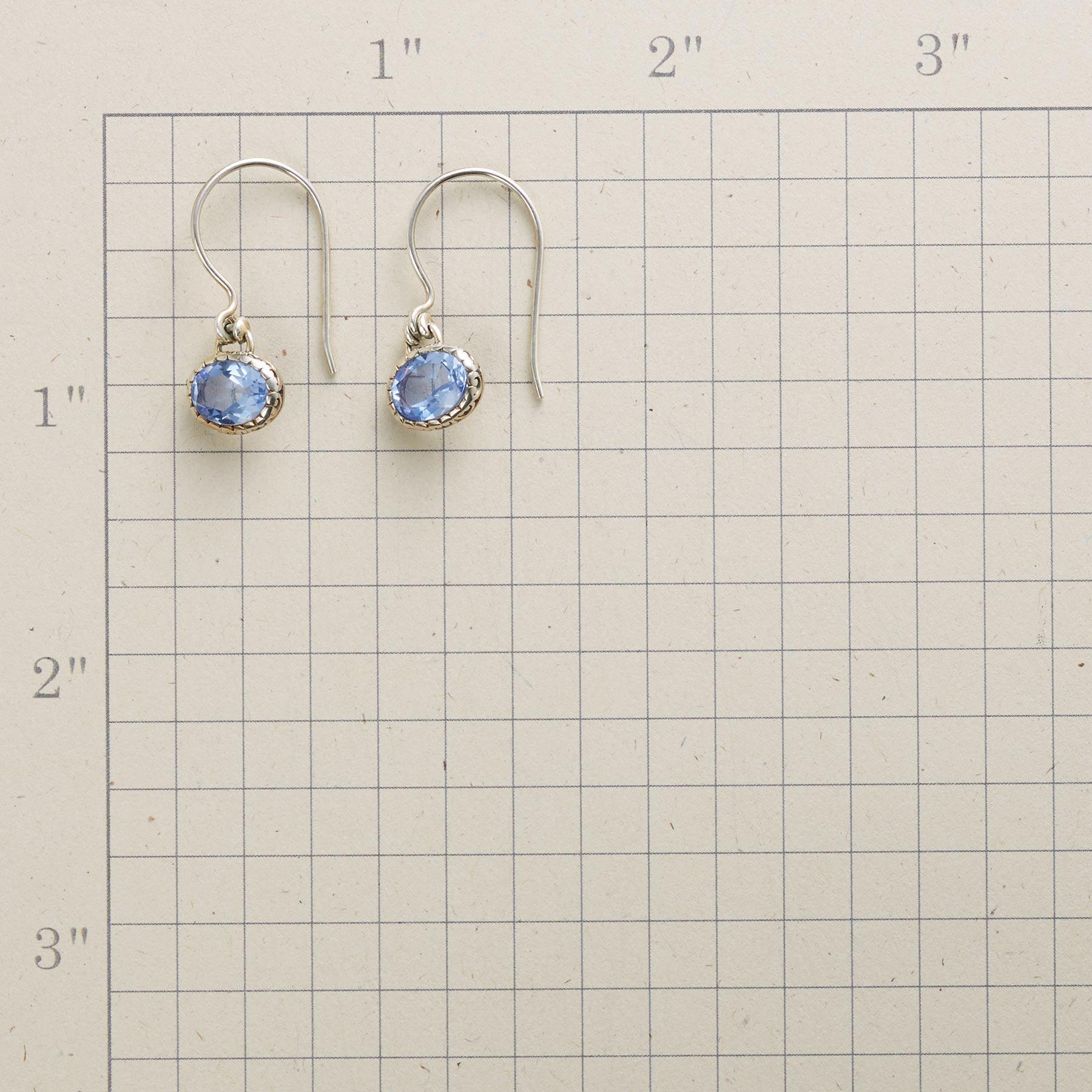 QUIVERA EARRINGS: View 2