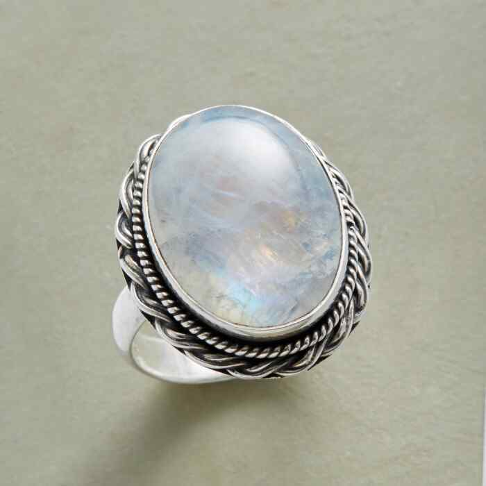 BY MOONLIGHT RING