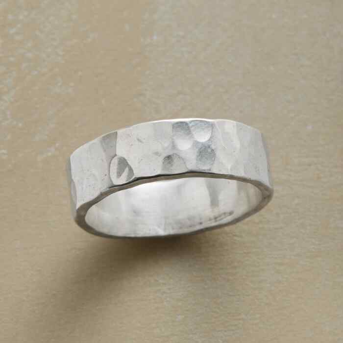 INVITATION RING