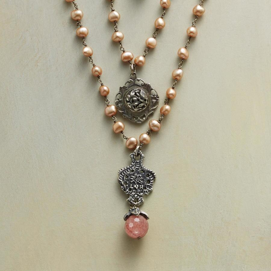 MYSTIC CHAMPAGNE NECKLACE