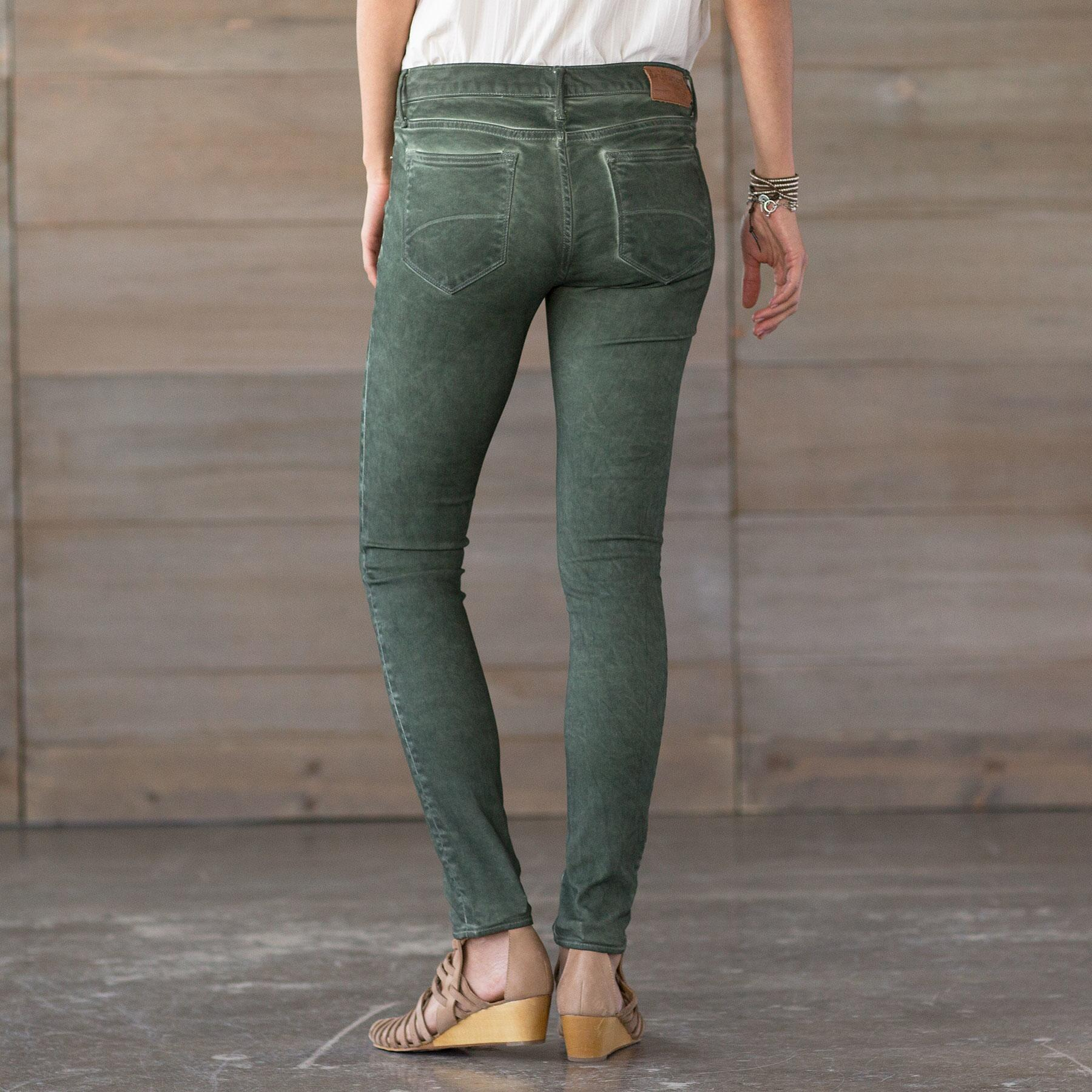 MARILYN SAVVY JEANS BY DRIFTWOOD: View 2