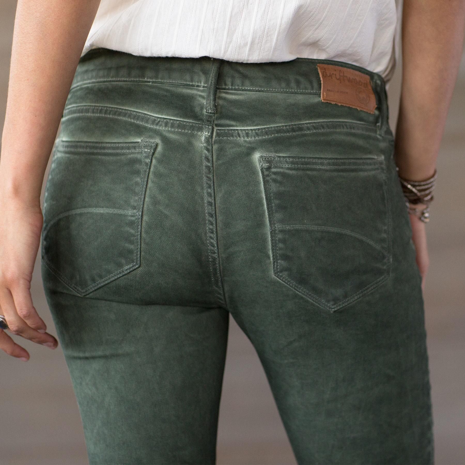 MARILYN SAVVY JEANS BY DRIFTWOOD: View 3
