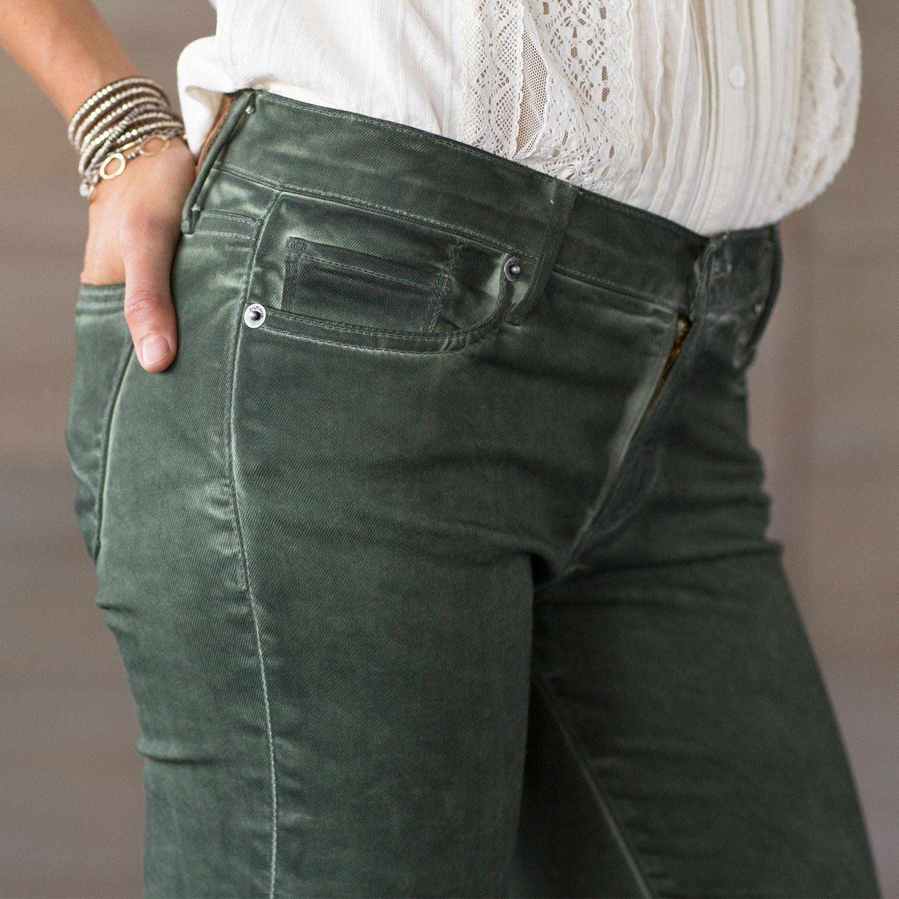 MARILYN SAVVY JEANS BY DRIFTWOOD: View 4