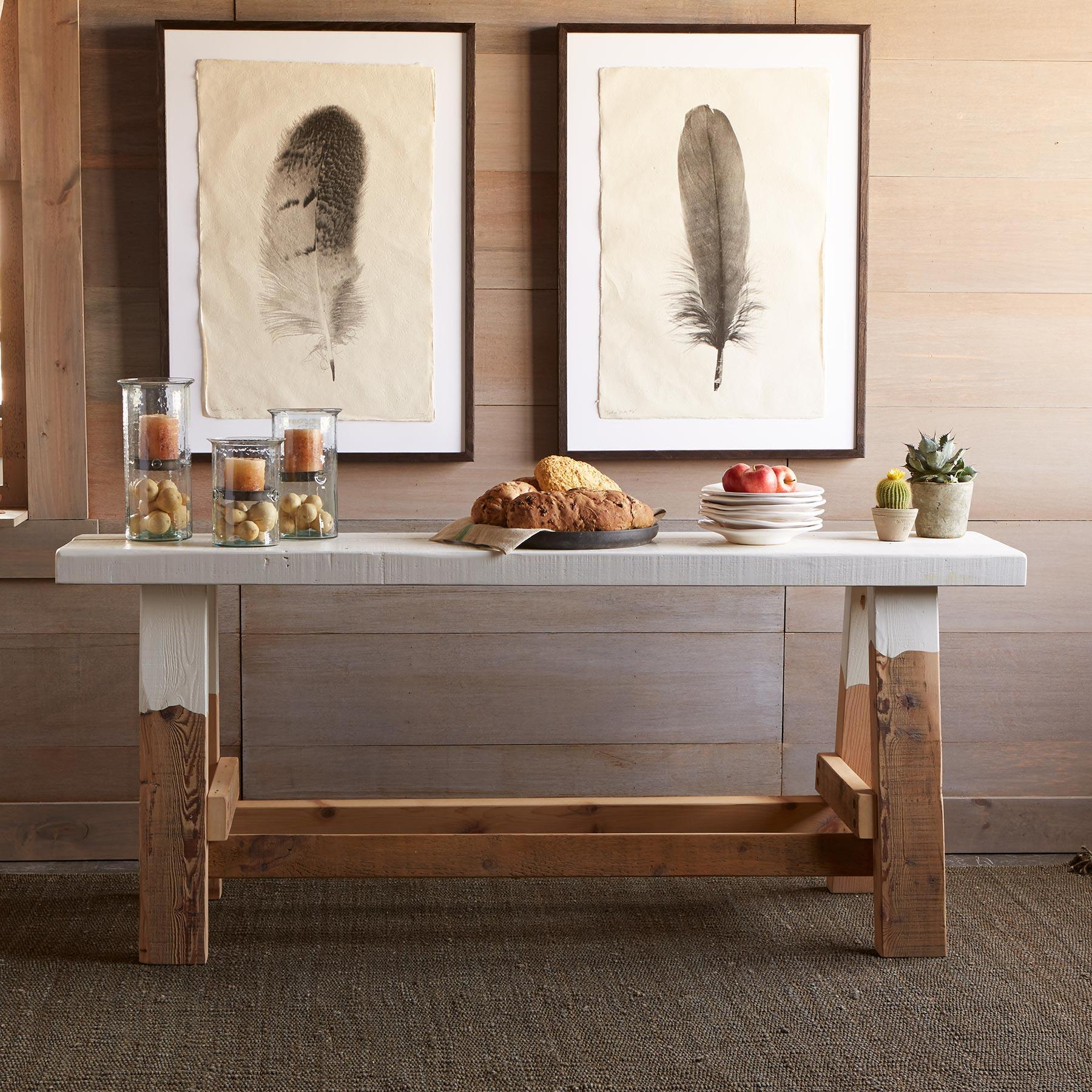 MORLEY SAWHORSE CONSOLE: View 2