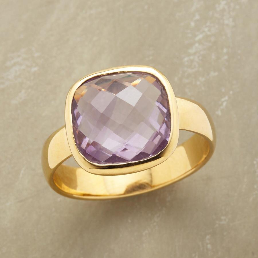 LAVENDER BLUSH RING