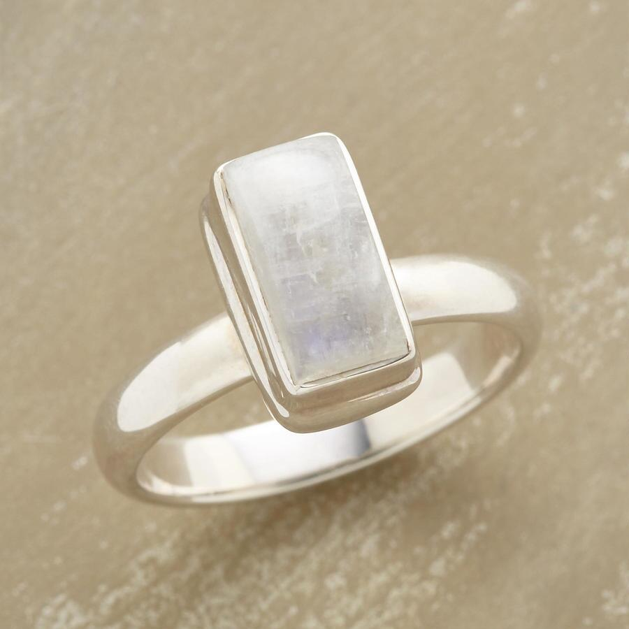 TERRACED MOONSTONE RING