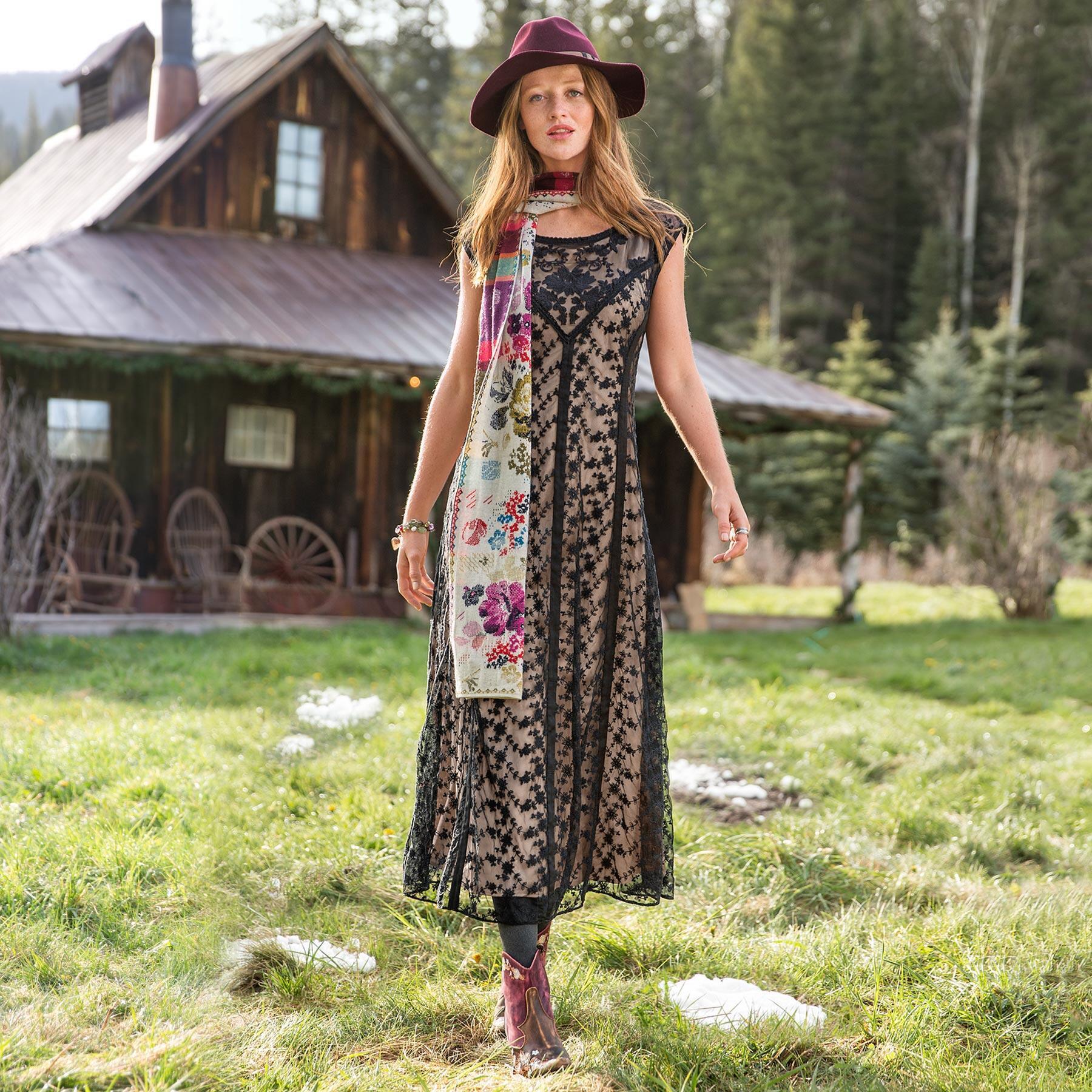 CALISTA DRESS - PETITES: View 1