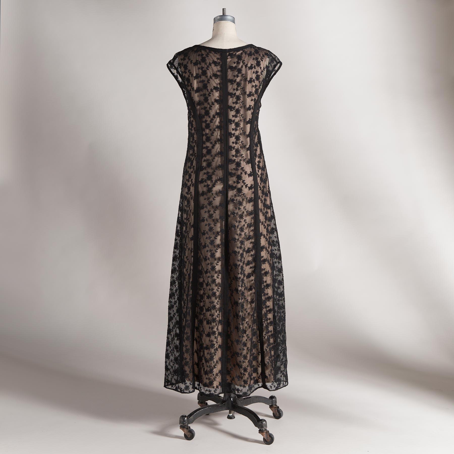 CALISTA DRESS - PETITES: View 2