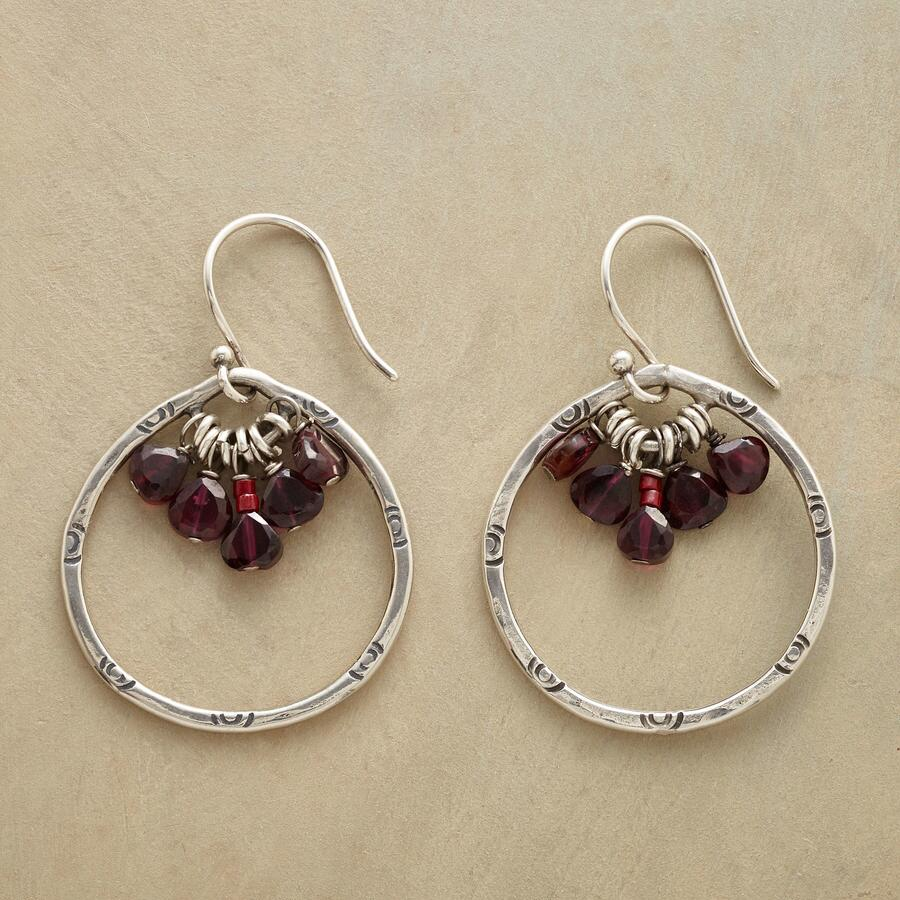 GARNET RUFF EARRINGS