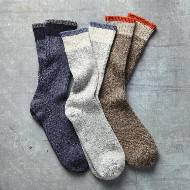 SOFT SIDE SOCKS, SET OF 3