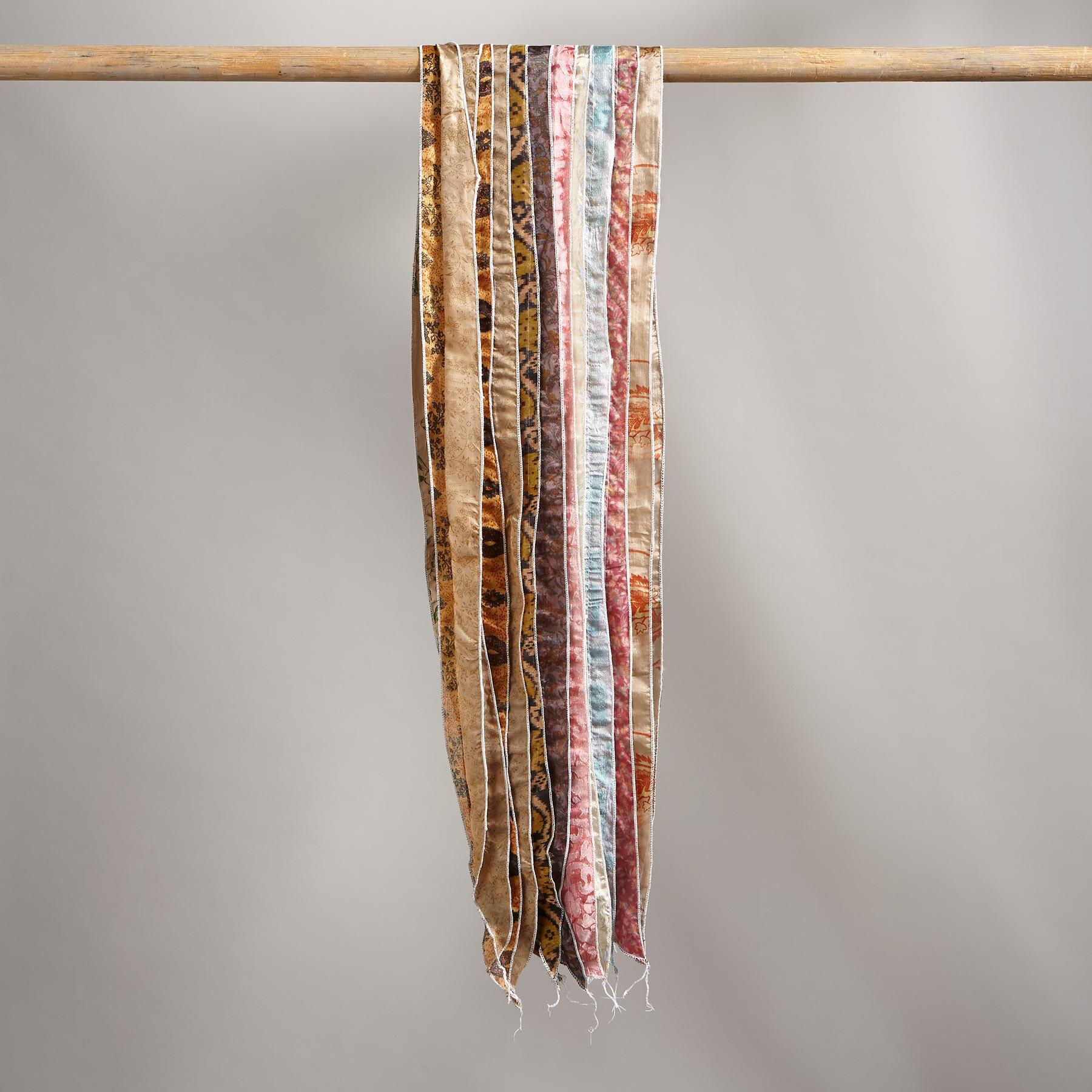 PIECES OF PARADISE SCARF: View 3