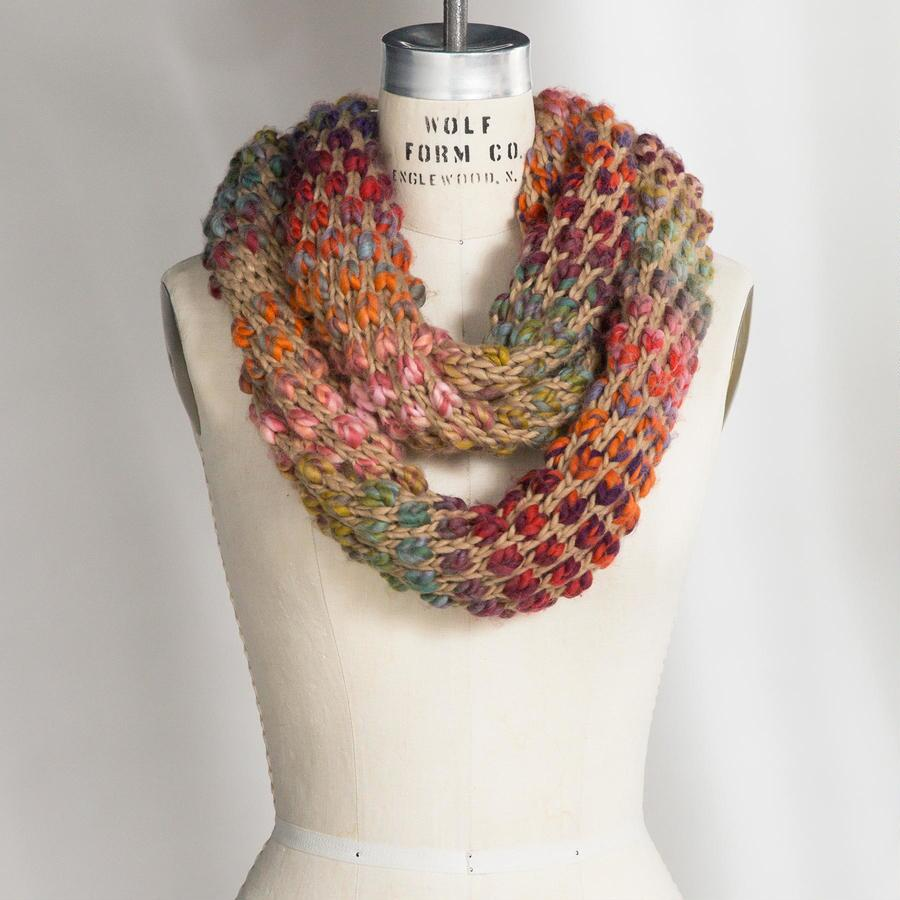 RAINBOW GATHERER SCARF