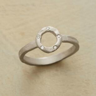 DIAMOND WHEEL RING
