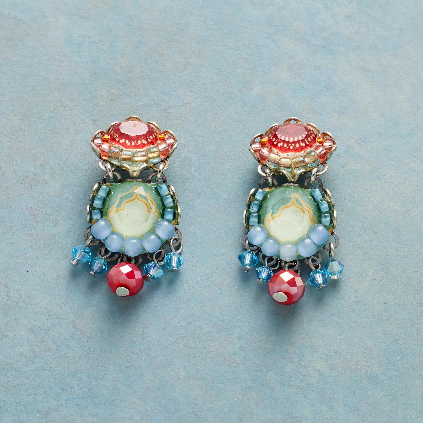 PRETTY POTPOURRI EARRINGS: View 1
