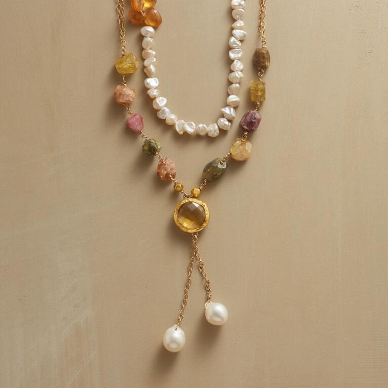 SUNLIGHT AND PEARLS NECKLACE