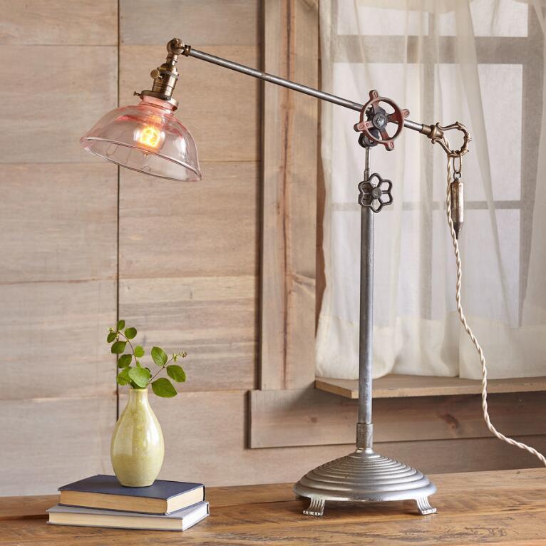 MONTGOMERY TABLE LAMP