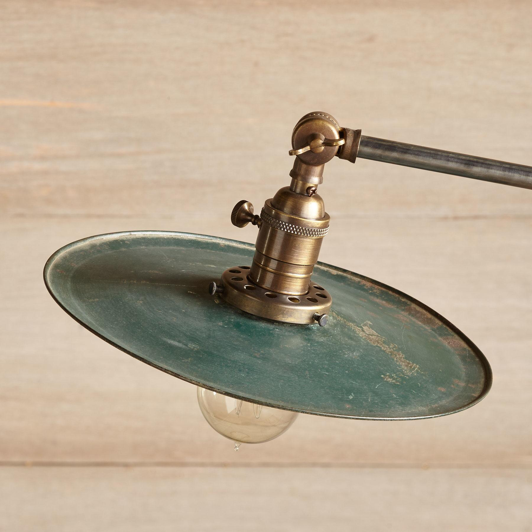 DES MOINES FLOOR LAMP: View 2