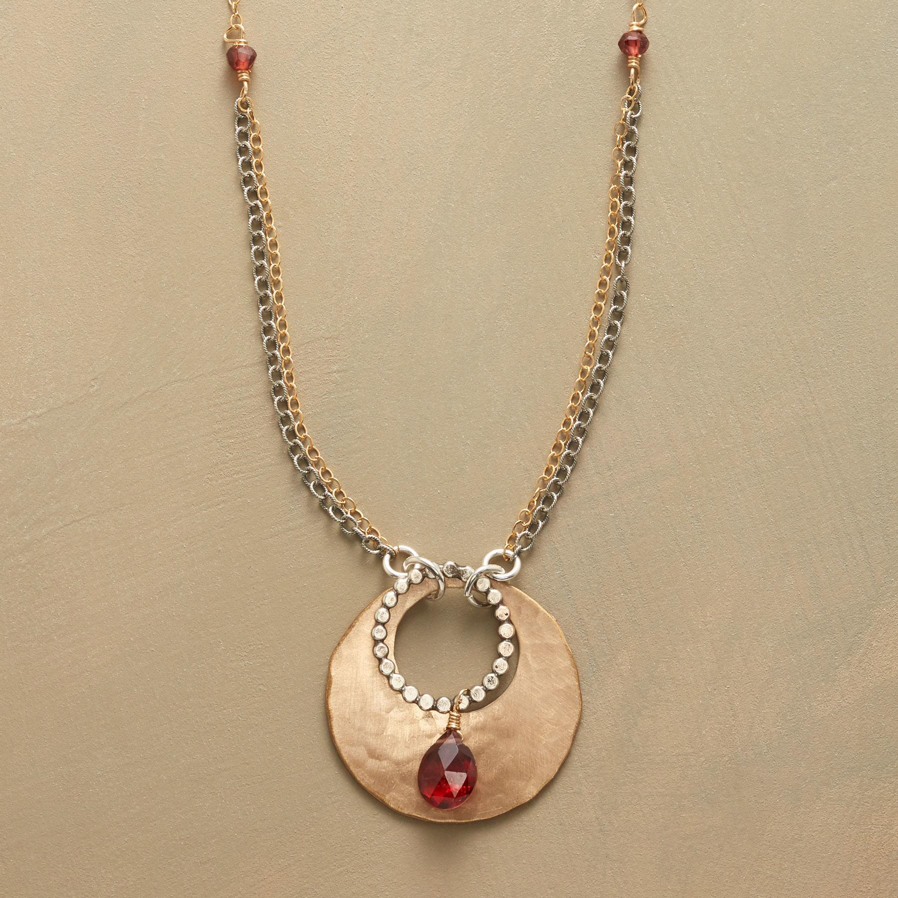 GARNET TEARDROP NECKLACE: View 1