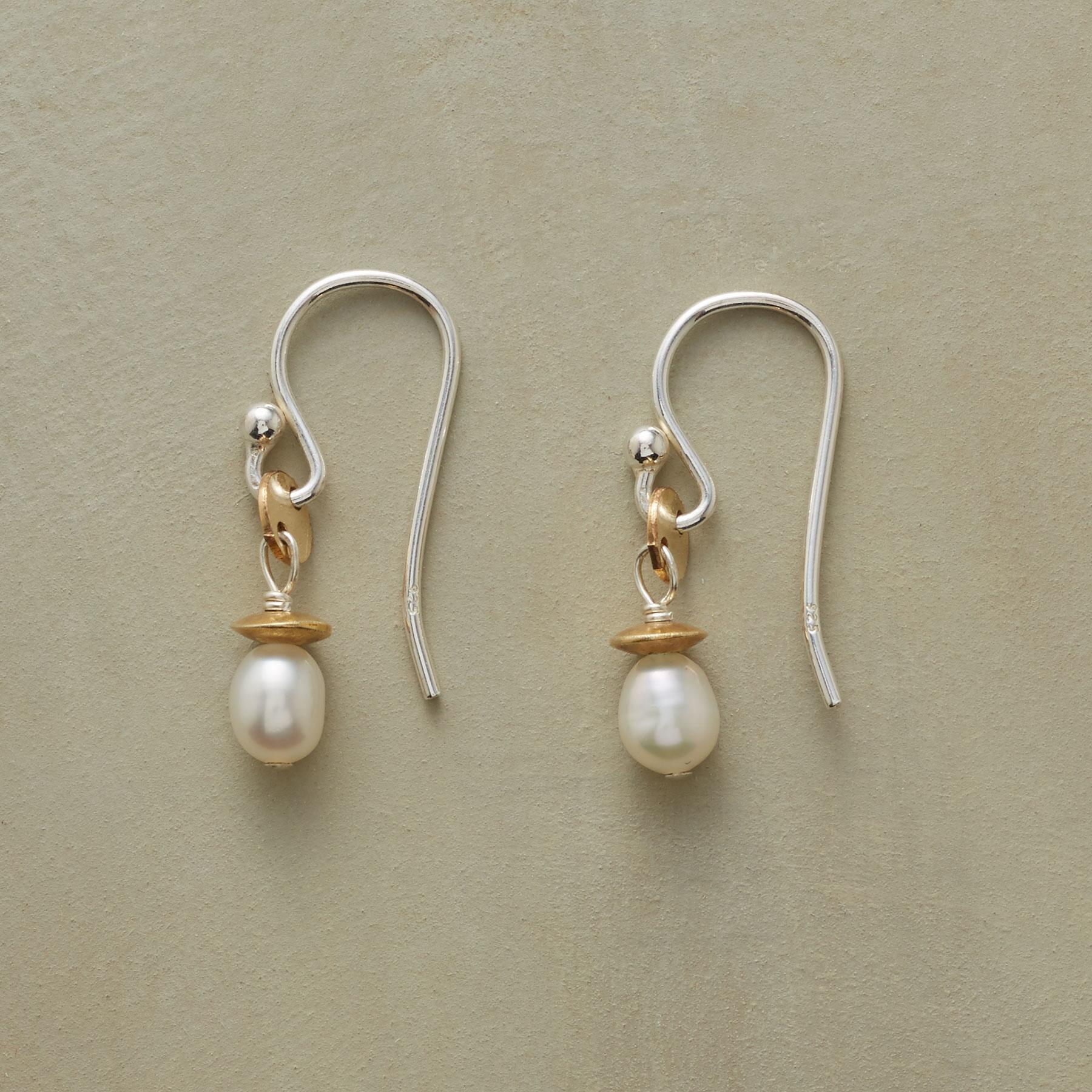 DISK AND SAUCER PEARL EARRINGS: View 1