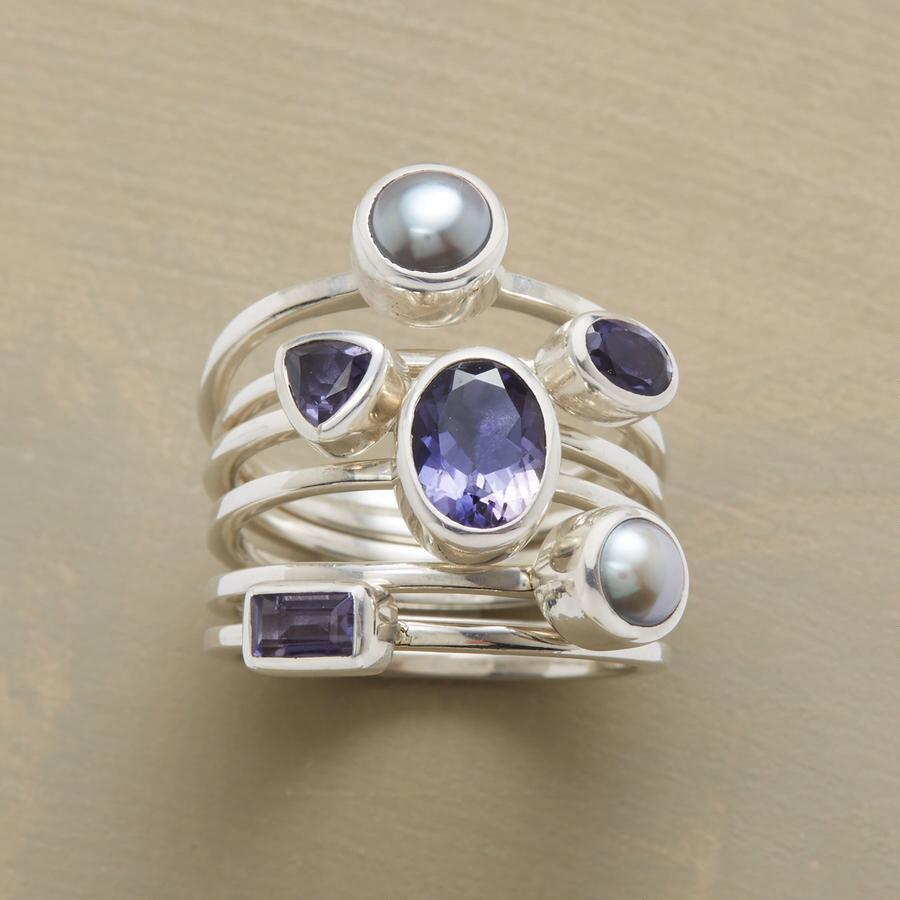 PEARLS AND PURPLES RING SET