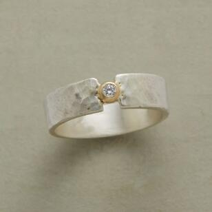 DIAMOND STEPPING STONE RING