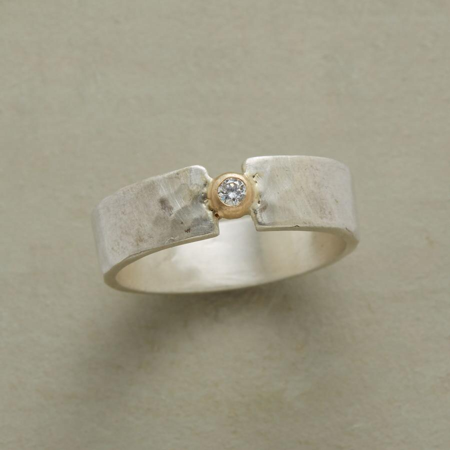 DIAMOND STEPPING STONE RING