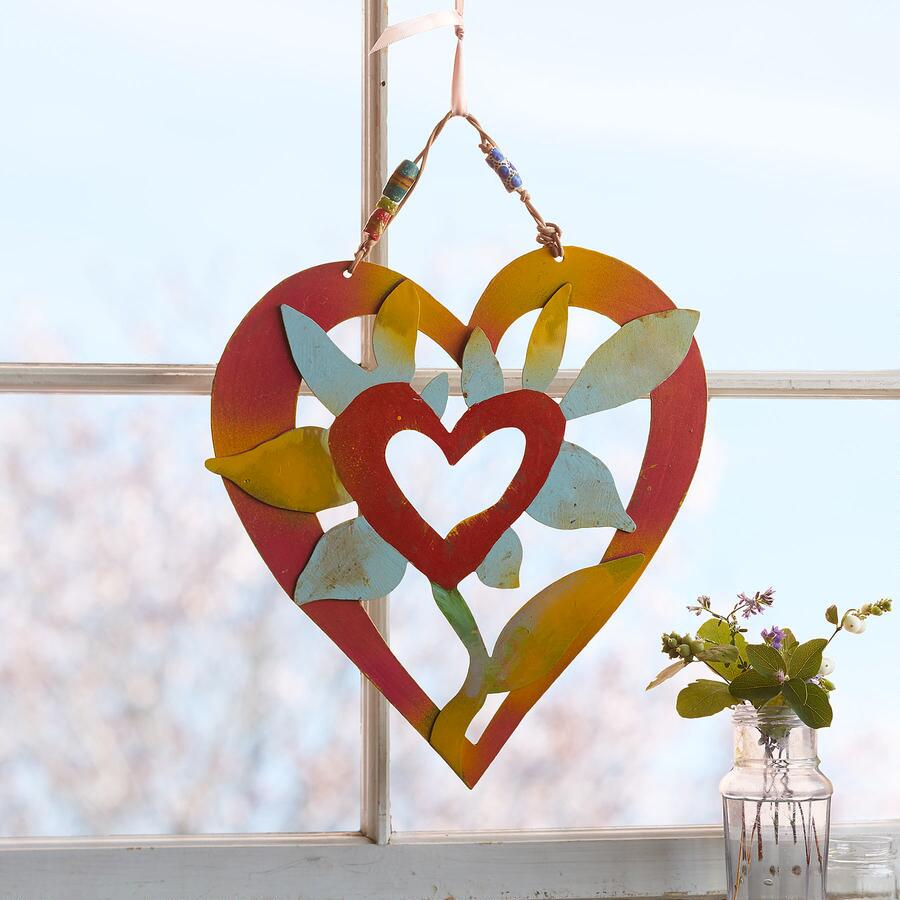BLOOMING HEART WALL ART