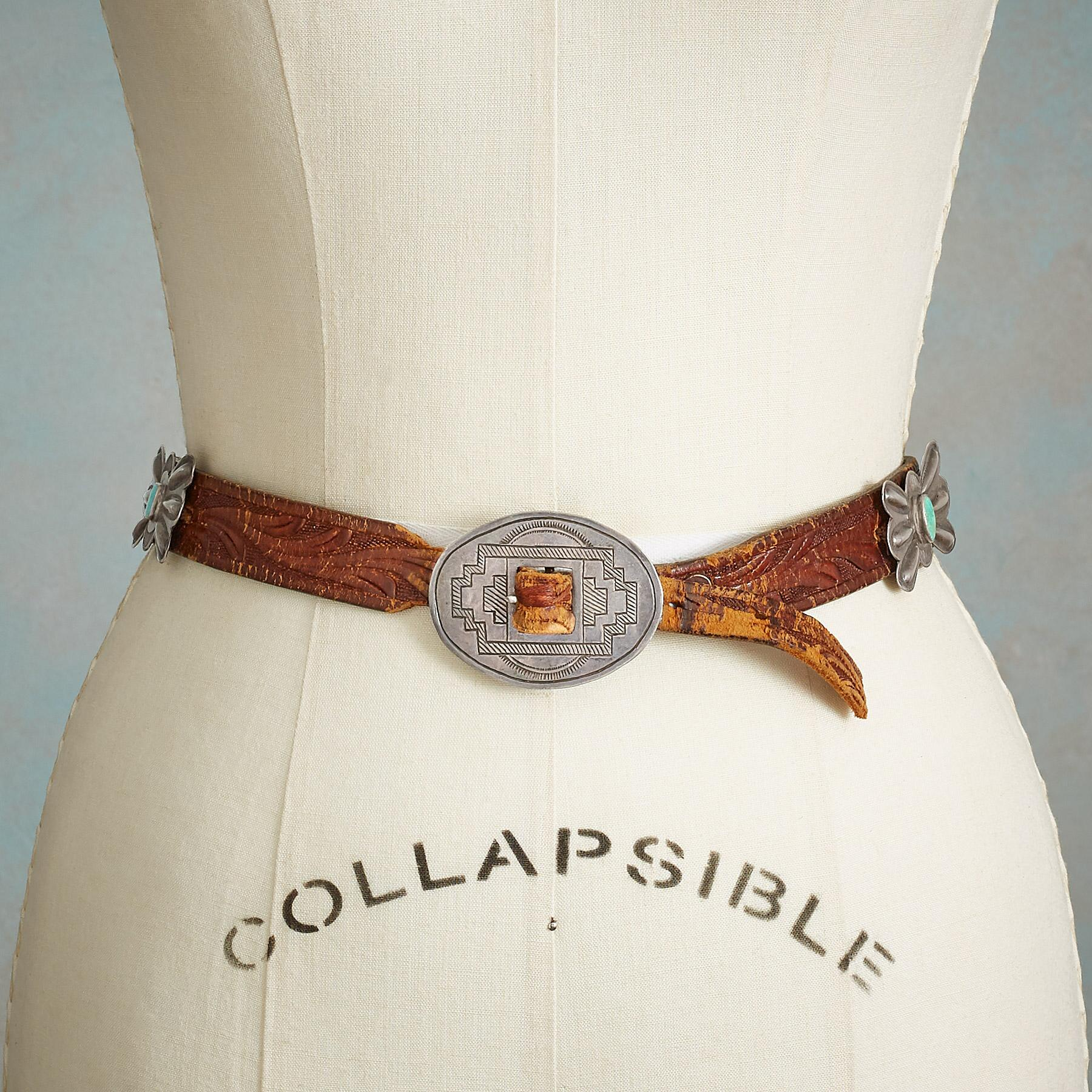 VINTAGE BUTTERFLY CONCHO BELT: View 1
